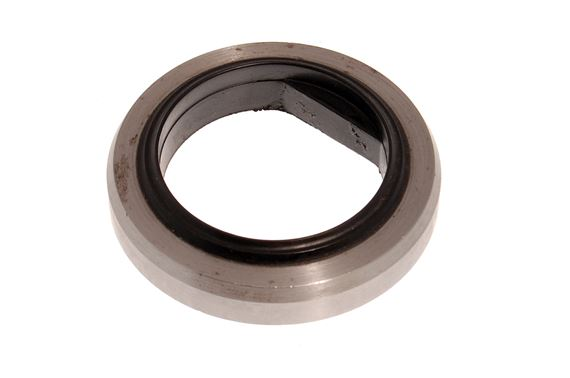 Spacer Hub - FRC8227 - Genuine
