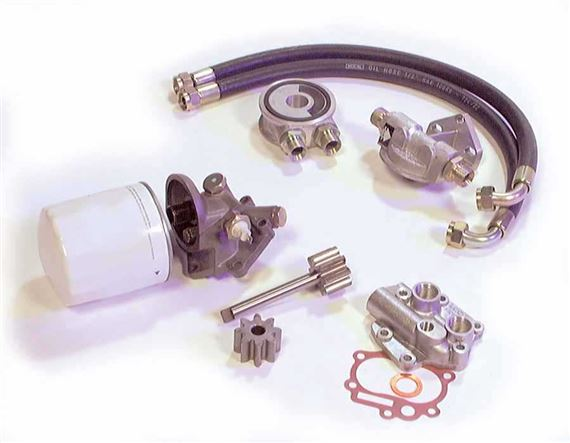 Triumph TR8 V8 Oil Pump and Filter