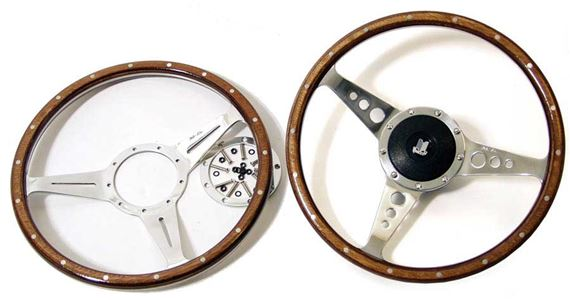 Triumph 2000/2500/2.5Pi Steering Wheels - GRID008724