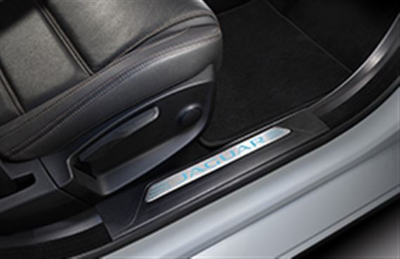 XE Sill Treadplates - Illuminated - Jet - T4N7600 - Genuine Jaguar